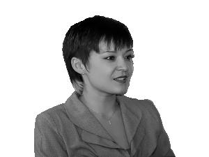Юлия Пак
